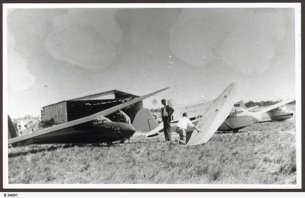 1951 Waikerie Gliding Club State Library of South Australia B 34091
